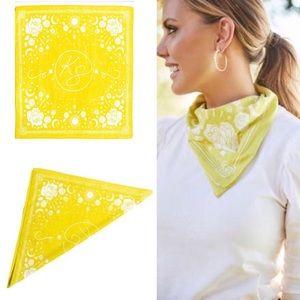 Kendra scott, nwt, signature bandana, yellow